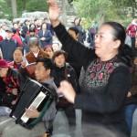 民间合唱团指挥——景山公园一景
