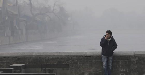 帝都之雾 图片来源:路透社