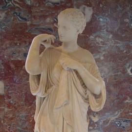 阿耳忒弥斯·卢浮宫 平淡的光影