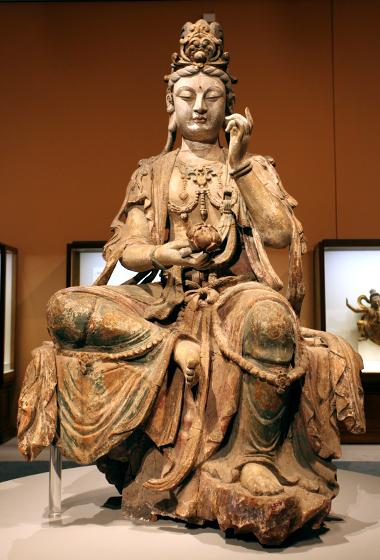 彩绘木雕观音菩萨坐像·国家博物馆