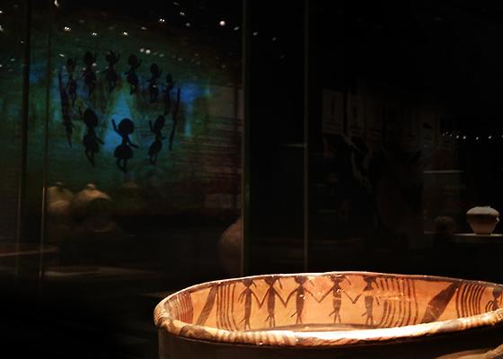 马家窑文化·舞蹈纹彩陶盆(复)·联想乐檬K32拍摄